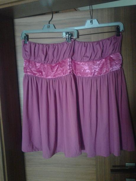 šaty bez ramínek- barva magenta , M