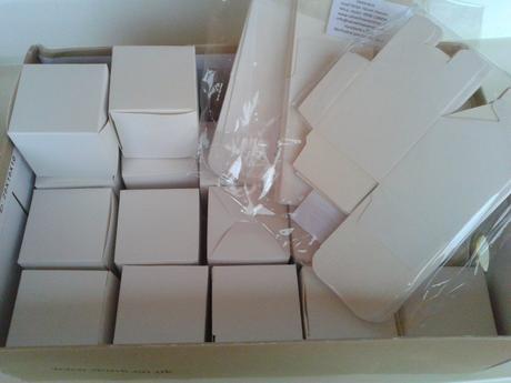 Krabičky na darčeky pre hostí,