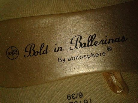 Nenosené zlaté balerínky, 39