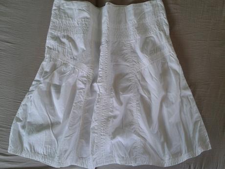 Letní bílá sukně, zn. Takko, téměř nenosená, 40