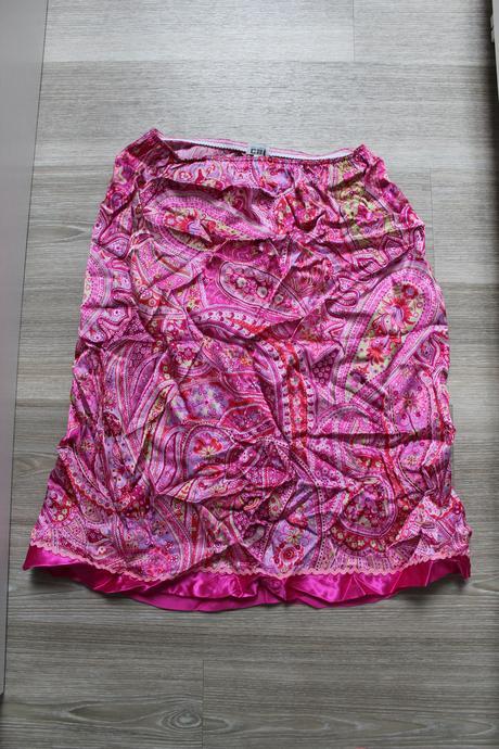 Letní sukně s pestrým vzorem, M