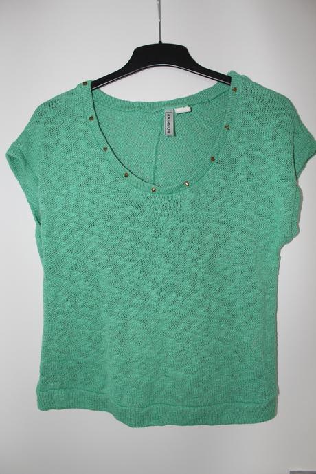 Zelená halenka, svetřík s aplikací kolem dekoltu, 40