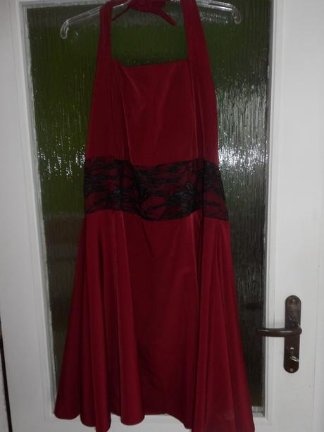 Krátke šaty, 46