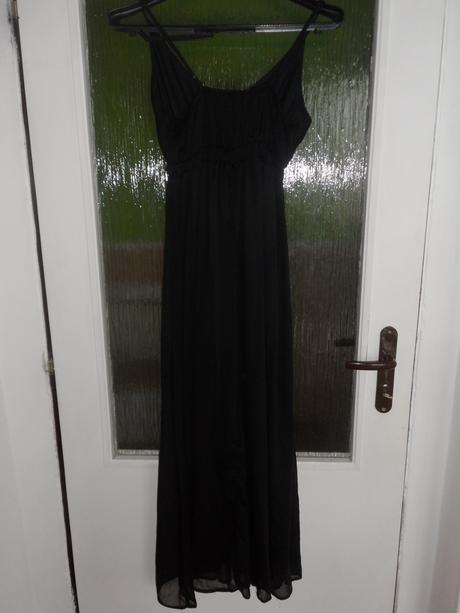 Ľahké letné šaty, 42
