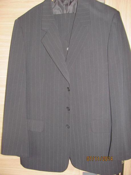 Pánsky oblek, 54