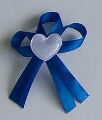 Modré svatební vývazky se srdíčkem,