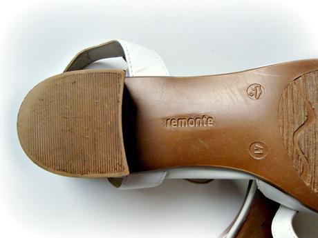 Celokožené sandály Remonte - vel.41, 41