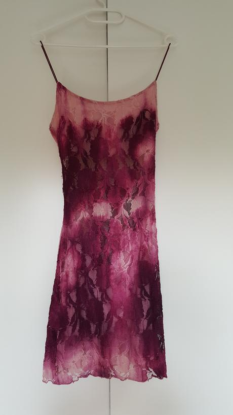 Krajkové šaty růžovo-fialové, 36
