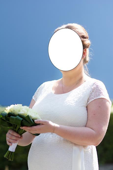 Těhotenské krajkové svatební šaty, 44