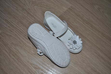 Dívčí bílé lakované boty/baleríny vel. 28-30 , 28