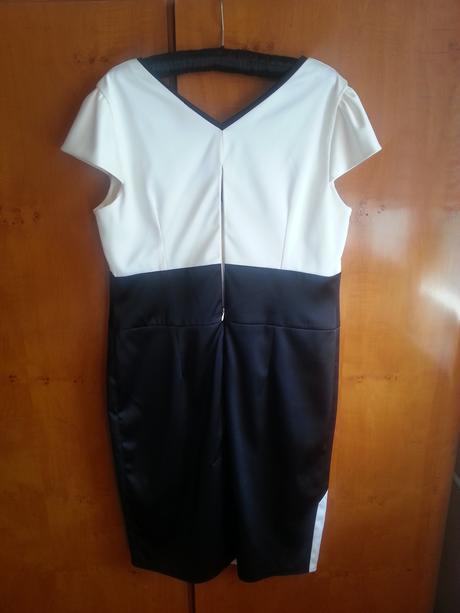 Spoločenské šaty, 46