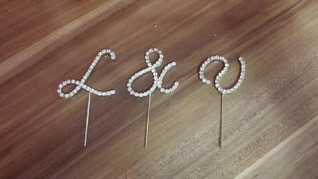štrasový zápich na svatební dort V&L,