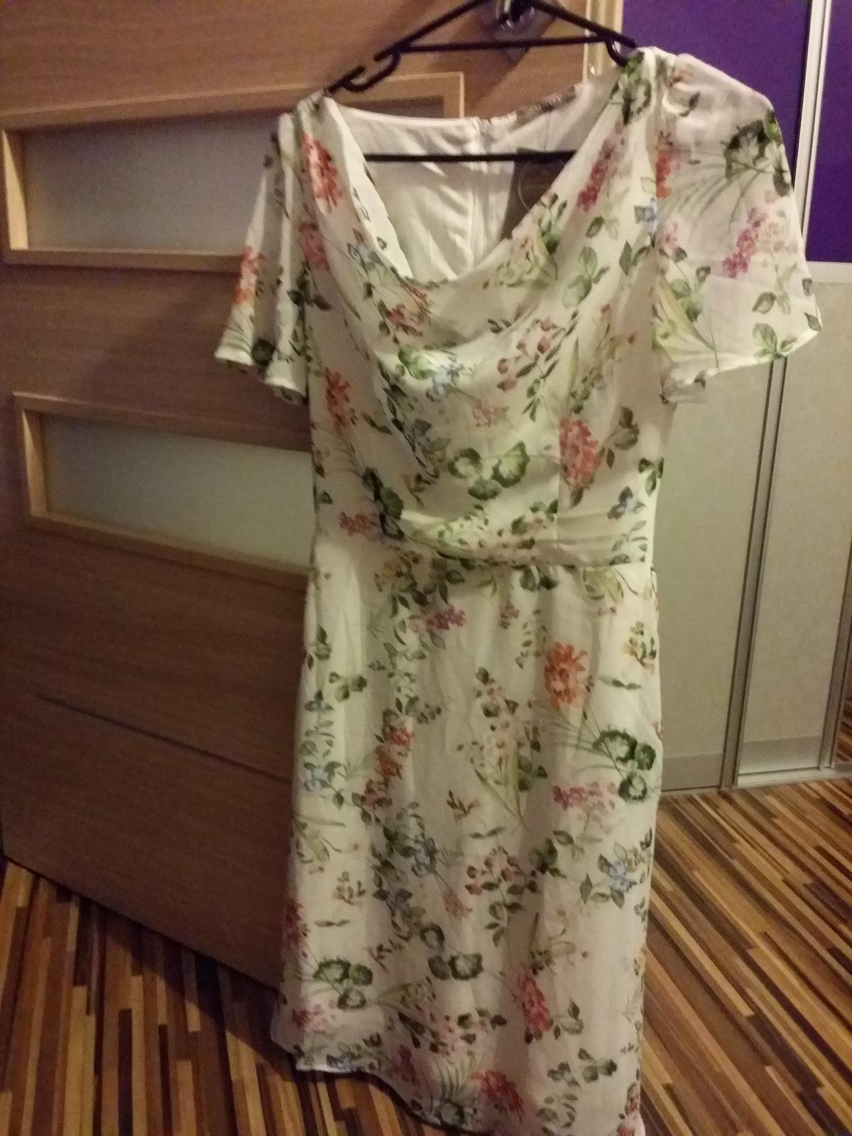 25019875c2db kvetinové šaty orsay veľkosť 34