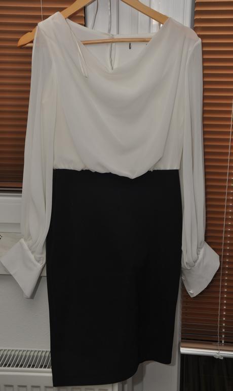 Elegantné čierno - biele šaty, 36