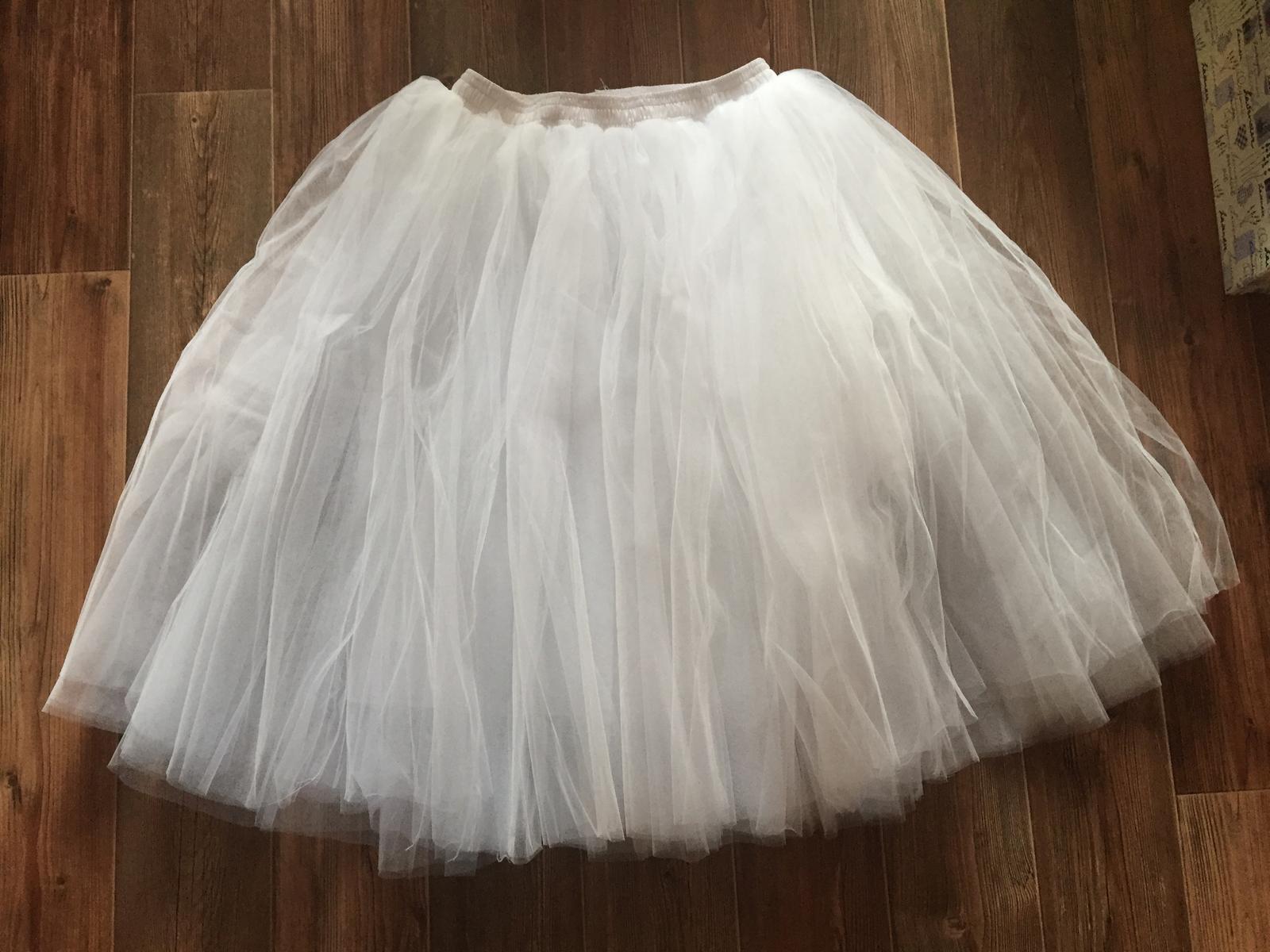 Bílá tylová sukně 8977c9d425