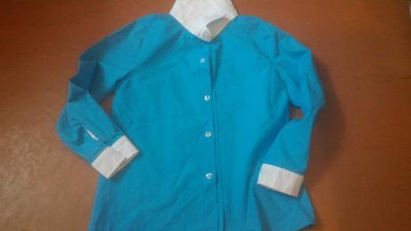 prekrásna tyrkysovo modrá košeľa s bielym, 122