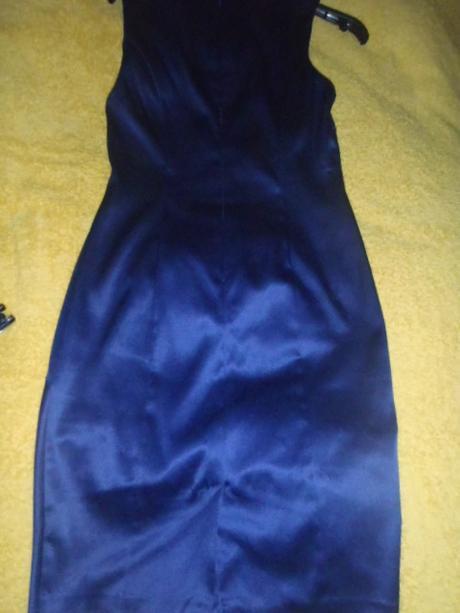 tmavomodré puzdrové kvalitné šaty, 36