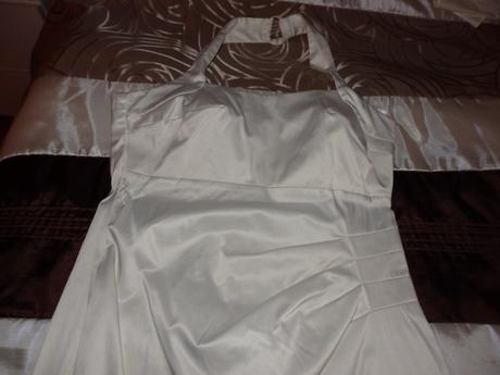 Saténové spoločenské šaty(pre vysokú ženu), 40
