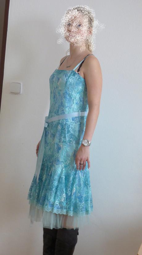 šaty pro družičku , na ples nebo do tanečních, 34