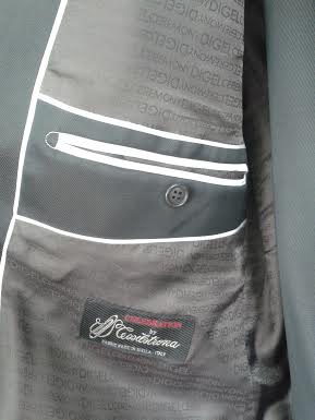 Svadobný slávnostný tmavo hnedý - lesklý oblek., 50