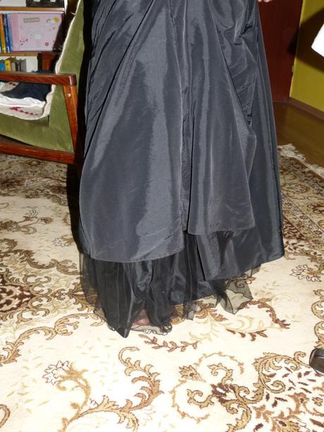 čierne šaty, 42