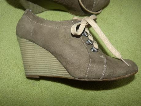 Topánky na plnom podpätku, 40