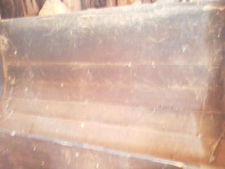 Veľká drevená truhlica,