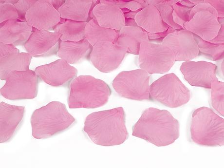 Konfety - plátky ruží,