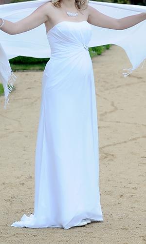 Bílé svatební šaty s broží, 38