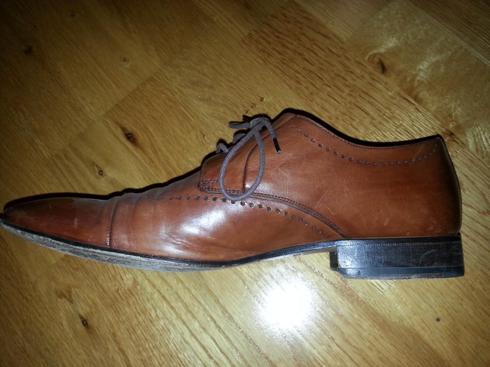 57e59e53db1 Kožené boty salamander