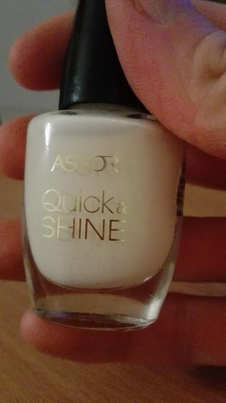 Lak na nehty Astor Quick and Shine 105,