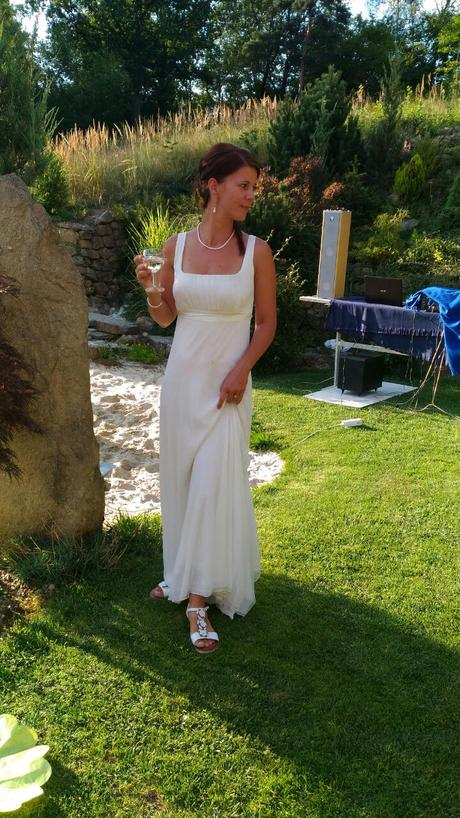 svatební šaty od Heleny Mertlové, 38