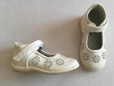 Biele sandálky, 23
