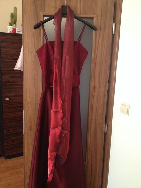 Spoločenské šaty (dlhá sukňa + korzet), M