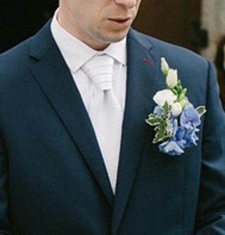 Svatební bílá kravata,