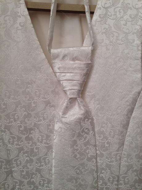 Svadobná vesta s kravatou- set, 46