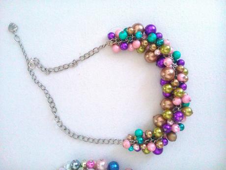 perlove farebné náhrdelníky ,
