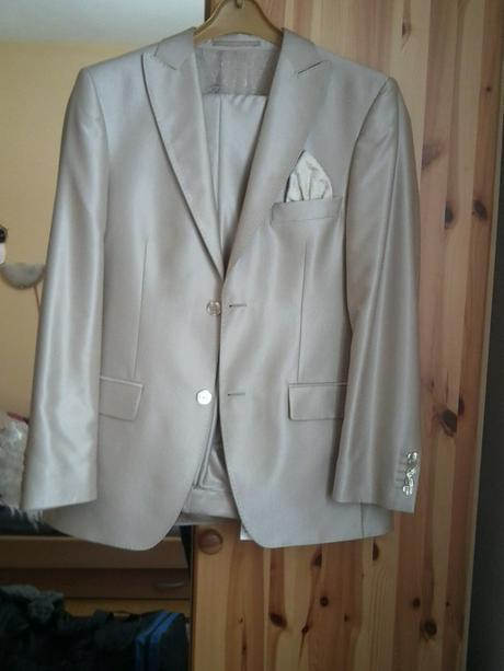 svetly/kremovy svadobny oblek, 48