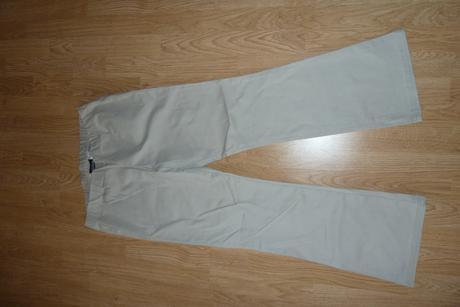 Strečové nohavice, 44