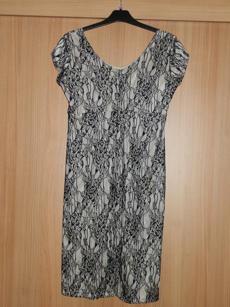 Bežovo-čierne  šaty , 42