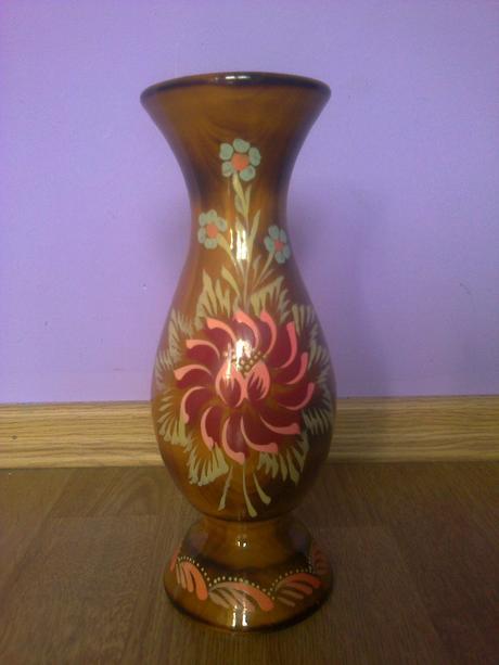drevena vaza,