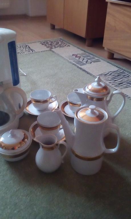 Kavovar+cajova alebo kavova suprava,