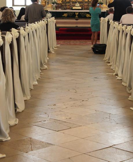 Dekorácia kostolných lavíc,