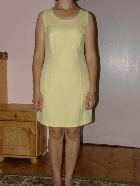 Elegantné minišaty s bolérkom, 36