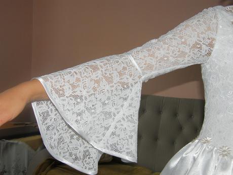Svadobné šaty s trištvrťovým rukávom, 38