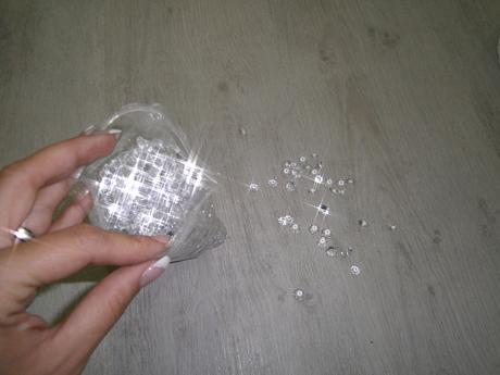 Diamantíky na stôl,