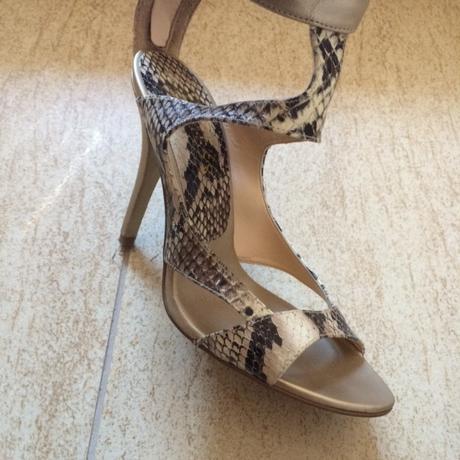 Guess sandalky extravagantne vel 37, 37
