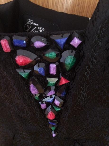 Saty cierne s farebnymi kamienkami, XS