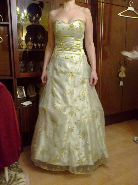 Spoločenské šaty svetlozelenej,limetkovej farby, 40