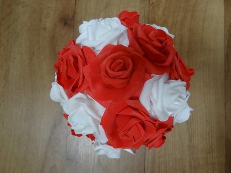 Buket z pěnových růží,